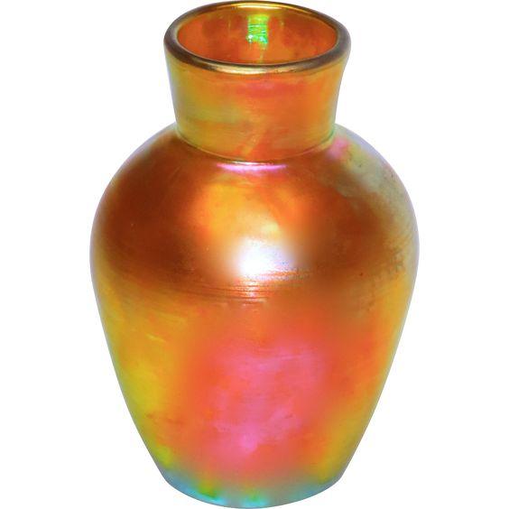 Early Steuben Aurene #237 Iridescent Vase www.rubylane.com #vintage #vintagehomedecor #vase #irridescent #giftideas