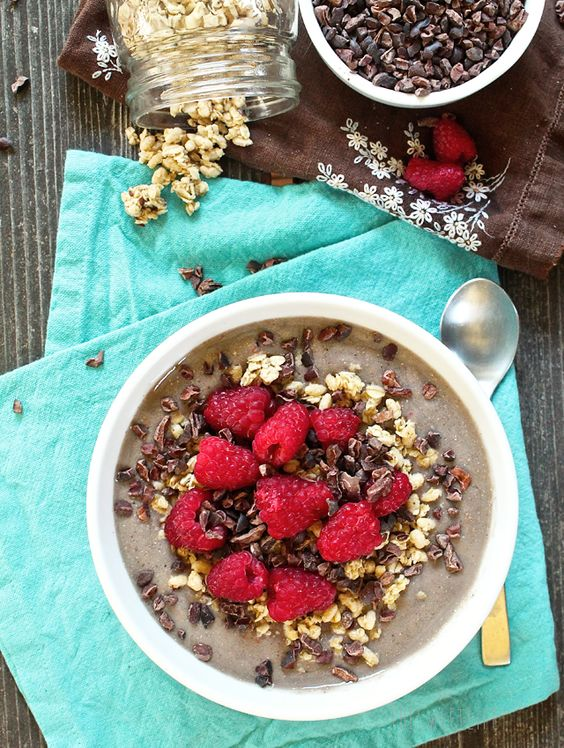 Vanilla Raspberry Protein Smoothie Bowl // In need of a detox? Get your teatox on with 10% off using our discount code 'PINTEREST10' at www.skinnymetea.com