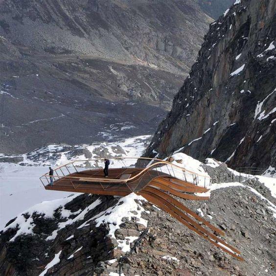 At Stubaier Gletscher