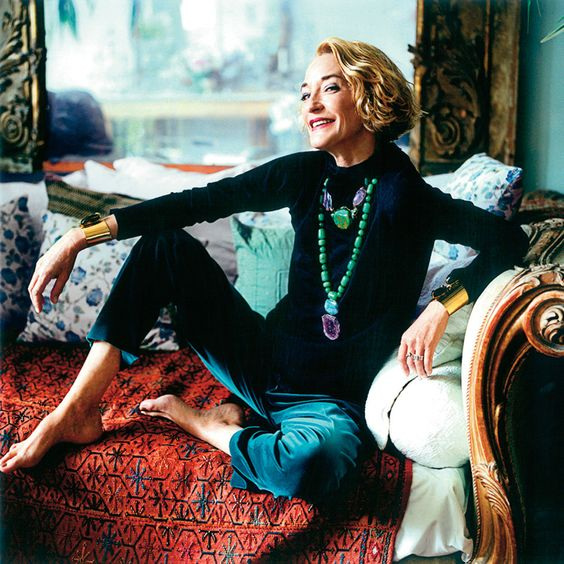 Loulou de la Falaise at home in Paris.  Photo by Pascal Chevallier.  Vogue Espana, October 2004.