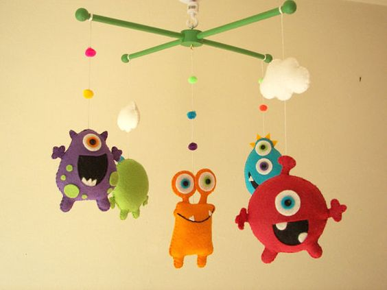 "Bebé cuna móvil, Monster mobile, Alien mobile, fieltro móvil, vivero móvil ""Amigos de monstruo"""