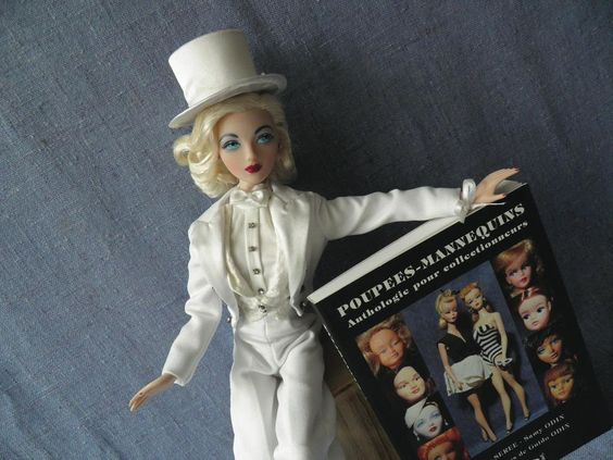 Vendredilecture /  #poupées mannequin / #books & #fashiondolls