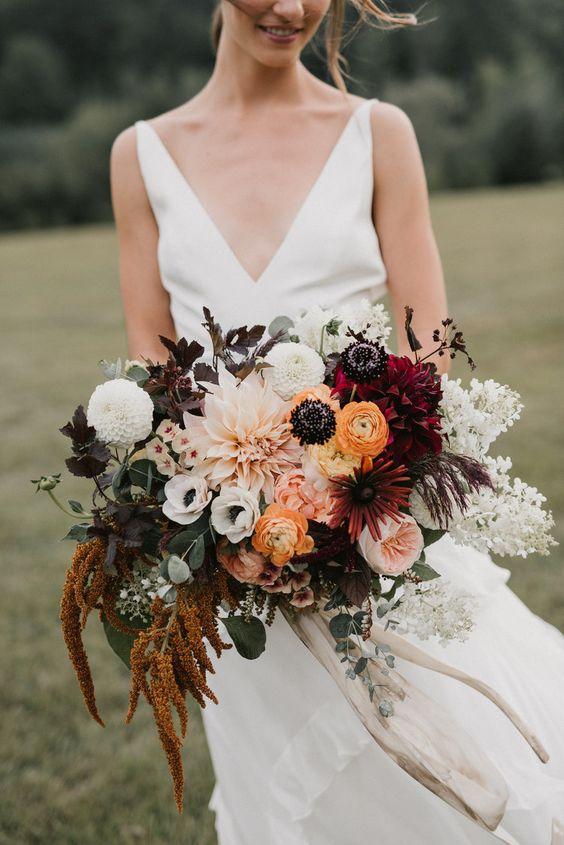 diferente combinacion de flores para ramo de boda