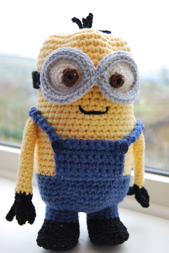 Knitting Pattern For Minion Blanket : Crochet yourself a Minion - hes big enough to hide a chocolate Easter eg...