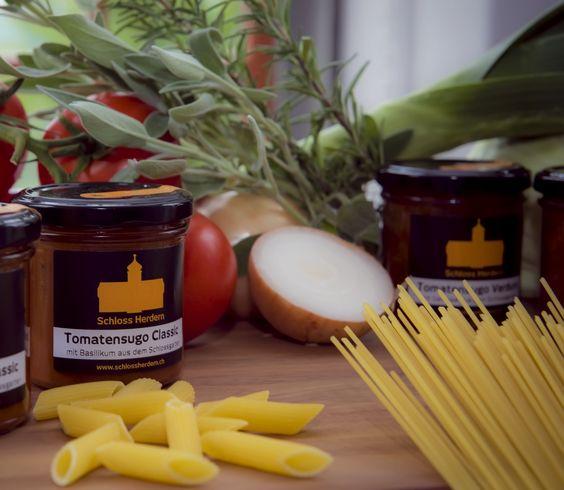 Tomaten Sugo aus der Schlossküche von Schloss Herdern.