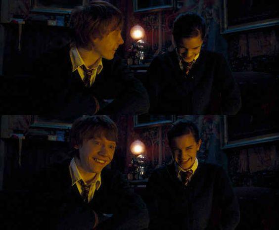 Harry não faz Hermione rir assim: