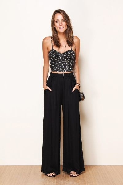 Cropped top and black wide leg. Going out