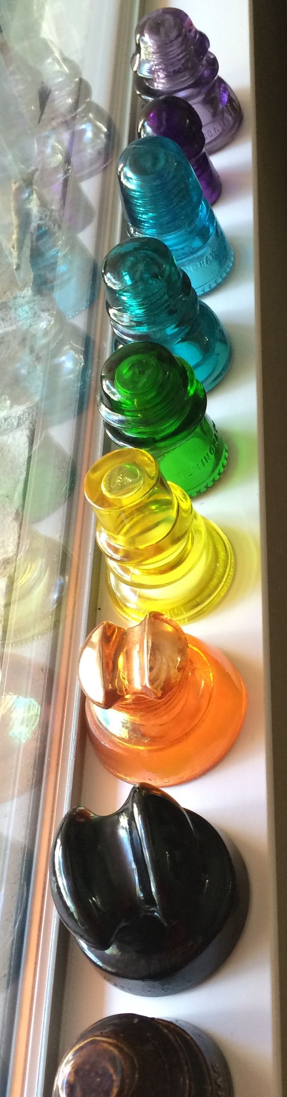 Girly girl collection glass insulators from 1800 1900 39 s for Glass power line insulators