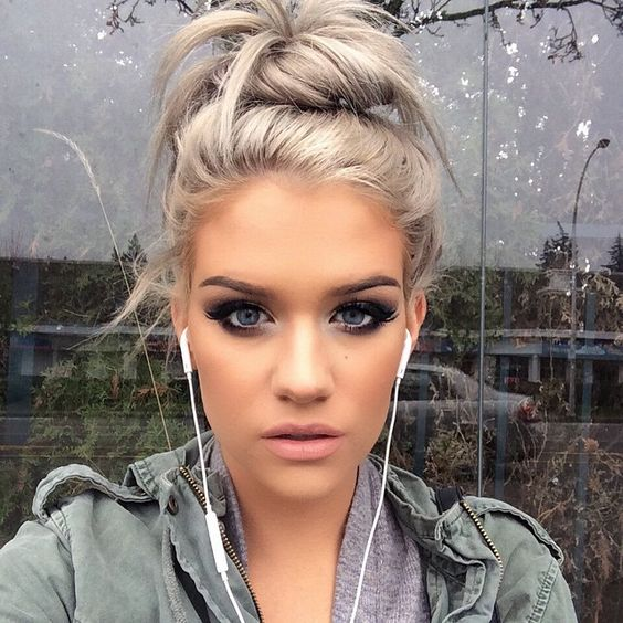 Stupendous Buns Blondes And Hair On Pinterest Hairstyle Inspiration Daily Dogsangcom