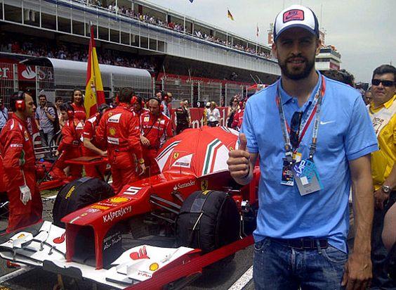 Piqué apoya a Alonso en el Gran Premio de España