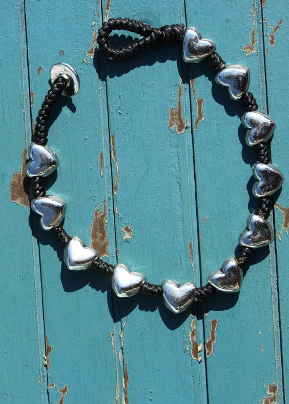 Heart bracelet! Perfect accessory for an outfit #bracelet #fashion