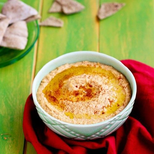 Roasted Red Bell Pepper Hummus HealthyAperture.com