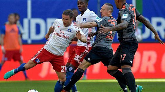 Gladbach mit zehntem Sieg in Serie: HSV glücklos, Hertha und Eintracht furios