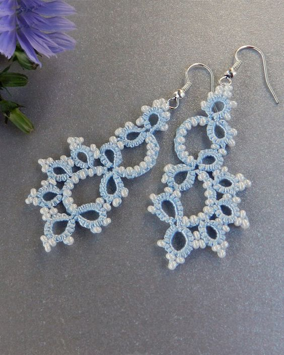 Tatted bridal earrings - Dangle chandelier earrings - Tatted jewelry - Bridal jewelry: