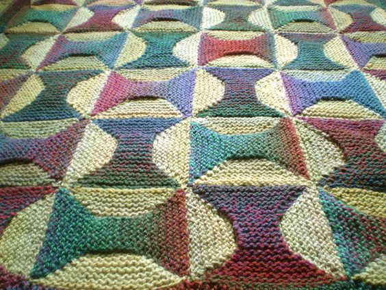 Stitches, Ravelry and Old quilts on Pinterest
