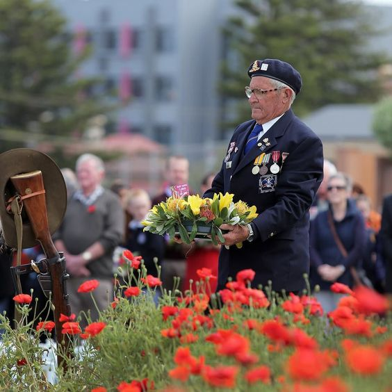 November photo-a-day challenge #3280day11 theme: 11 o'clock. National serviceman Bob Frost lays a wreath at the #Warrnambool #RemembranceDay2015 service. Pic by @robgunstone by wboolstandard
