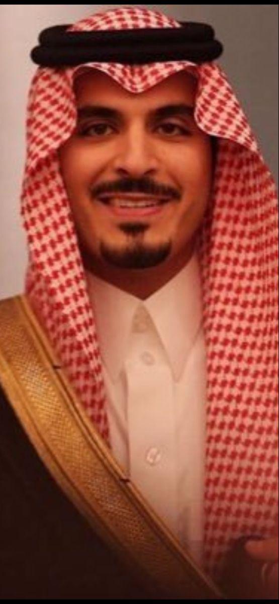 الامير مشعل بن سلطان بن عبدالعزيز آل سعود حفظه الله In 2020 Newsboy Scarf Fashion
