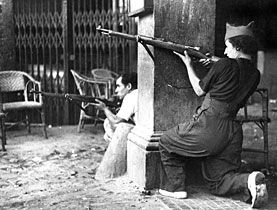 Mujeres de  la Guerra Civil española, dieron un ejemplo en la  defensa de la Libertad.Women of the Spanish Civil War, gave an example in the defense of Liberty.