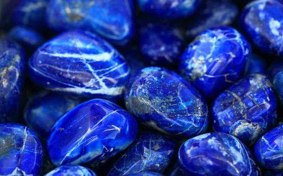 lapis-lazuli pierres - Harmonie Chakras