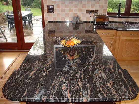 Tropical Black Granit Arbeitsplatte    wwwgranit - küchenarbeitsplatten online bestellen