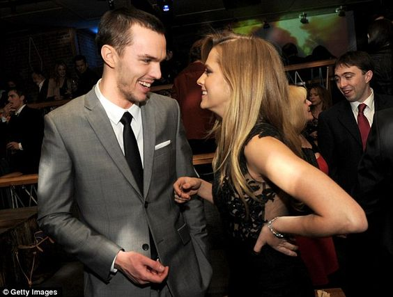 Nicholas Hoult and Teresa Palmer, are just TOO CUTE together