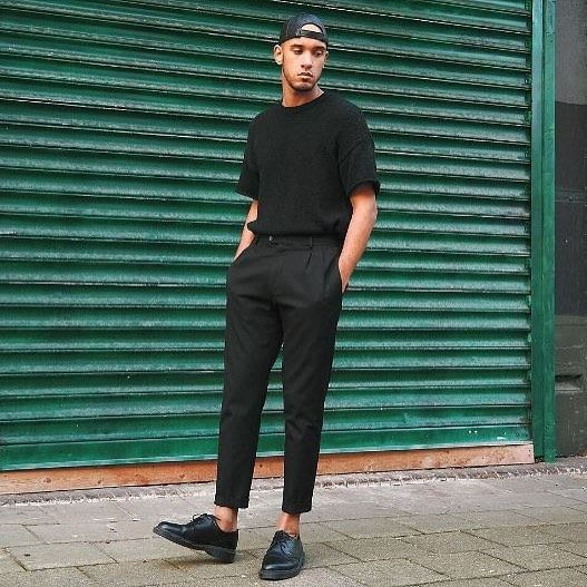 Dr Martens On Instagram Monochrome Styles The 1461 Shoe Is Worn With Black On Black On Bla Stylish Mens Outfits Mens Casual Outfits Minimalist Fashion Men