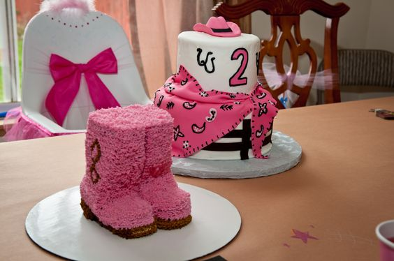 Cowgirl boot cake #Western #BirthdayParty