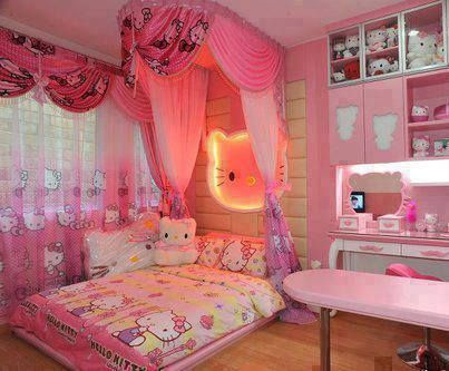 I thought I was obsessed with hello kitty
