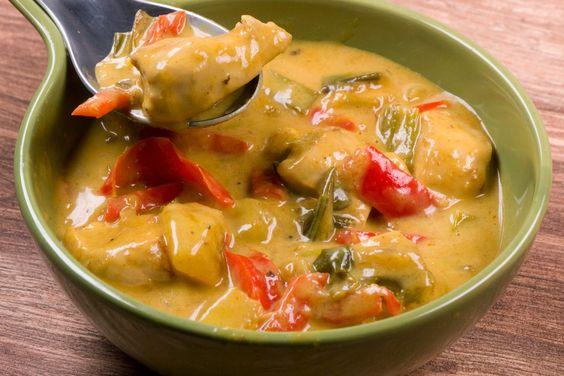 Fruchtig scharfes Hähnchen-Curry mit Mango - Gaumenfreundin - Foodblog aus Köln mit leckeren Rezepten von der schnellen Küche bis Low Carb