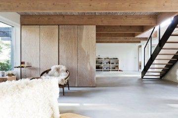scott-scoot-renovates-1950s-vancouver-mountain-house-1