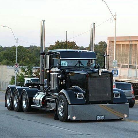 Pin By Gilles Geoffroy On Dump Trucks And Trailer S Etc Big Trucks Peterbilt Trucks Big Rig Trucks