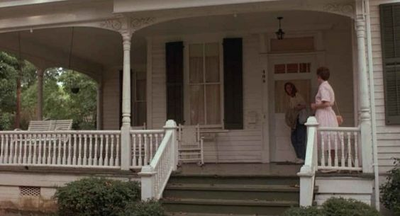 "Whenever I think of a ""dream house"" it's this precise one that comes immediately to mind... Julia Roberts' House from ""Sleeping with the Enemy"" For Sale"