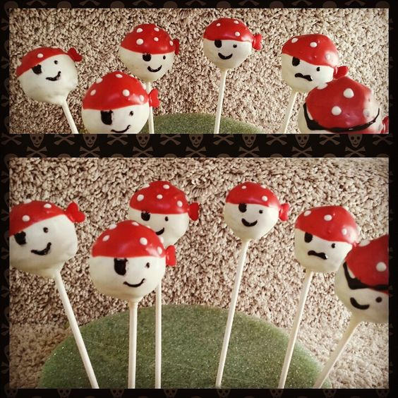 pirates cake pops!