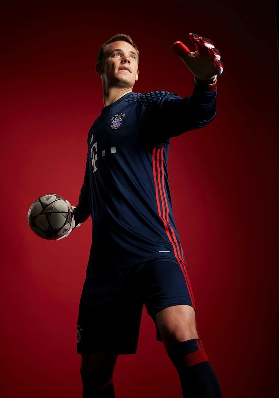 Bayern Munich's Manuel Neuer is changing what it means to be a goalie
