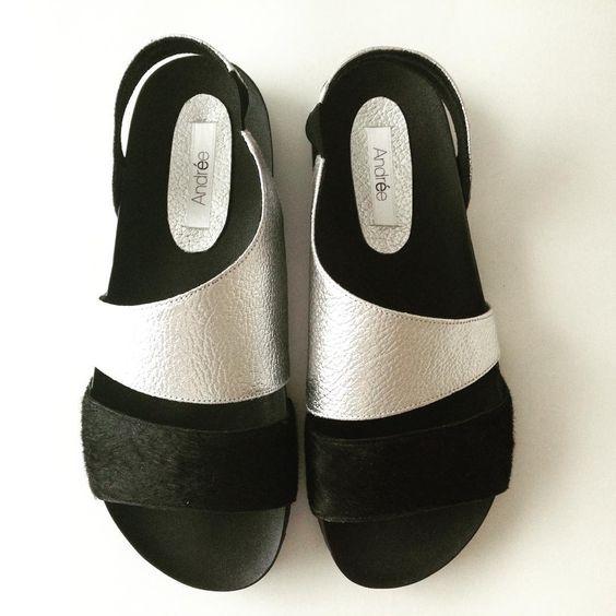 Básicos de verano 2016! ☀️100% cuero vacuno #zapatos #shoes #design #zapatosartesanales #handmadeshoes #shoedesigner #amoaloszapatos #loveshoes #fashiondesign #moda #bonitoszapatos #cuero #madeinArgentina #hechosenArgentina #cuerovacuno #primavera2015 #verano2016 #summer2016