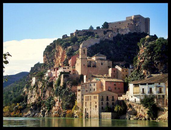 Castillo templario de Miravet ~ Los Ultimos Templarios