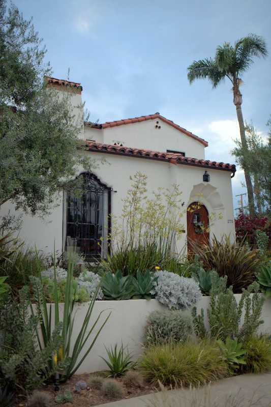terraced Spanish Colonial Revival house & garden. I love the architecture and LOVE the fauna