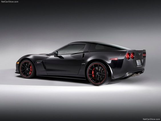 This Image Will Make You Fall In Love With The 2013 Chevy Corvette