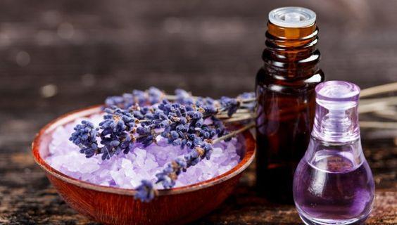 Aromatherapie mit Lavendelöl Duftöle Wirkung