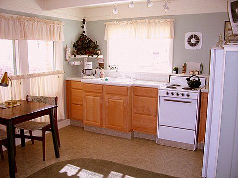 So easy and the perfect size for two Fully furnished and cozy Ada s Place  Motel. Adas Place Motel Cottages   xtreme wheelz com