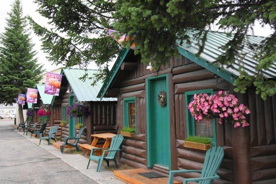 Moose Creek Cabins and Inn  West Yellowstone, Montana