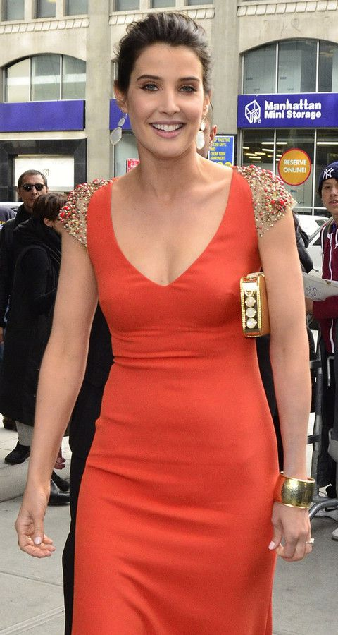 Cobie Smulders Attends Avengers Premiere