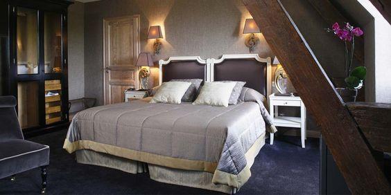 Chambre Deluxe - Château de Fère - 5 étoiles - Fère-en-Tardenois #hotel #hotelroom #picardie #france #cosy