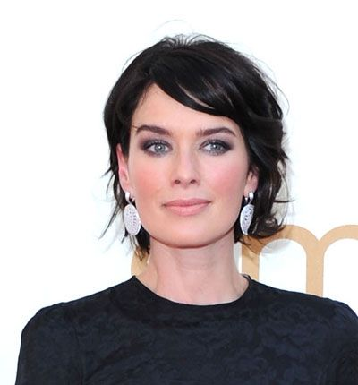 Lena Headly Emmy 2011 makeup KOHL EYES AND DARK HAIR. yes. and yes.