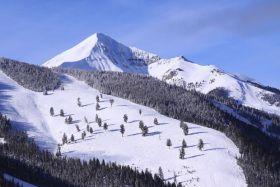 Washington Ski Resorts Reviews & Statistical Comparison