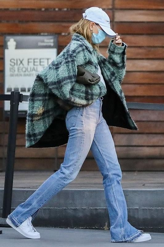 Hailey Bieber's Green Wool Check Jacket In Los Angeles - December 15, 2020  | Style, Street style, Star fashion