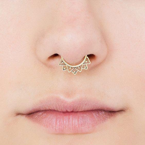 Anneau de Septum de faux. cloison faux bijoux. clip de la cloison. anneau de…