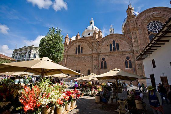The flower market, Cuenca, Ecuador - Photo by Hugo Ghiara