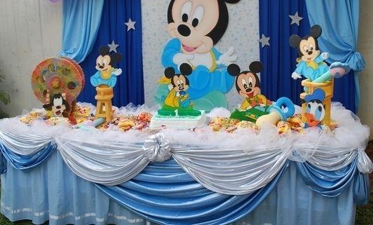 Fiesta Baby Disney Con Ideas Realmente Originales Para Decorar Mickey Mouse Baby Shower Baby Mickey Mickey Mouse 1st Birthday