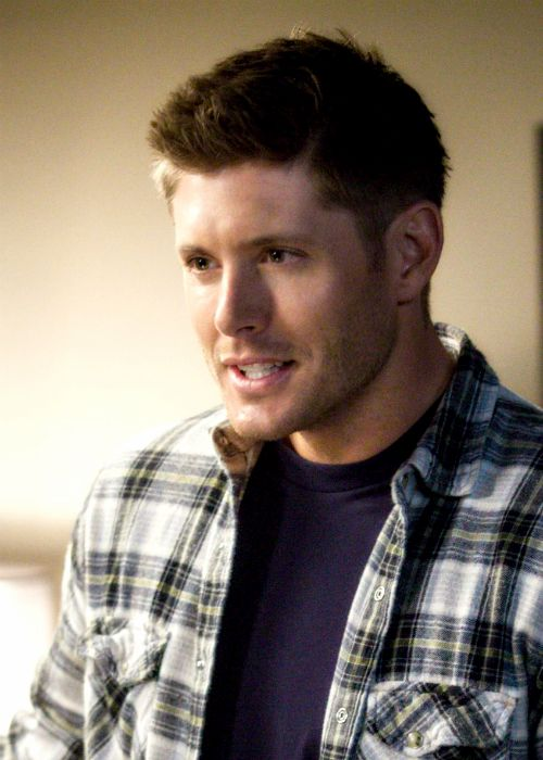 Dean 9x08 A Rock and A Hard Place